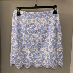 Bloomingdales Aqua skirt - blue and white floral S
